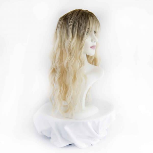 wavy synthetic hair wig with blonde bangs